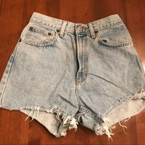 High wasted vintage jean shorts